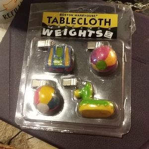 Tablecloth weights